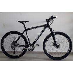 bicicleta aro 29 t21 21v Freio Disco nero preta/branco absolute mania