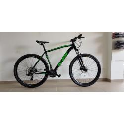 Bicicleta Aro 29 KSW Alumínio 24 Velocidades Freio a Disco Hidráulico Preta